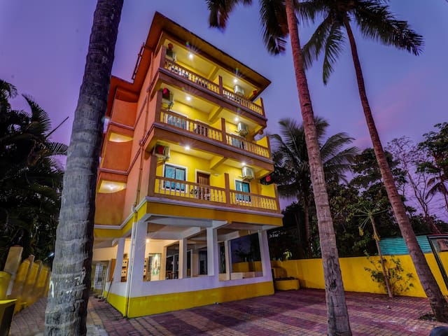 OYO - 2BHK Abode in Goa with Verdant Landscapes