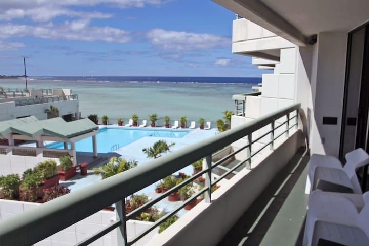 Tropical Suite 3-Bedroom Condominium - Tamuning - (ไม่ทราบ)