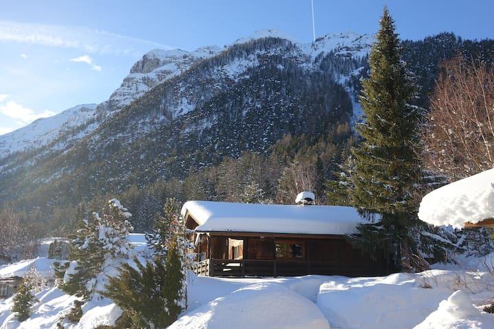 Blockhaus in Trins mit Aussicht und Atmosphäre