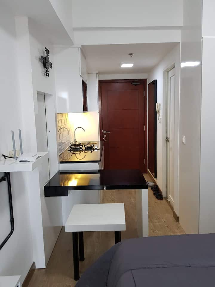 Apartment Studio, Taman Mahogany, Modern & Comfort