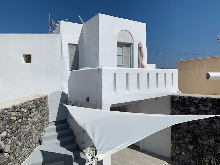 Timedrops Santorini Kallisti villa Terrace Suite