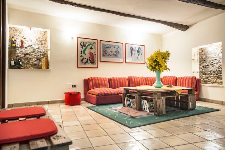 38 ScALiNi Nel viCoLetTo - Cosenza - Apartment