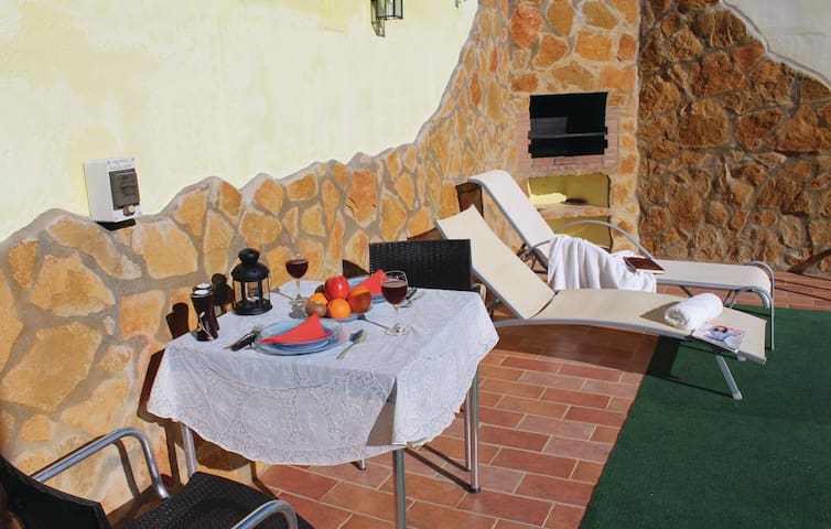Holiday cottage with 1 bedroom on 30m² in El Gastor