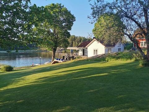 Välkommen till Skepparstugan i Liljedal vid Vänern