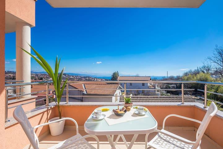 Opatija-Matulji, 3 bdrm,3 terace,fitness ,sea view - Abbazia - Appartamento