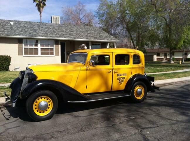 """Cozy """" Home Sweet Home """" - San Bernardino"""