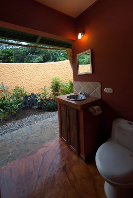 Bathroom with a garden