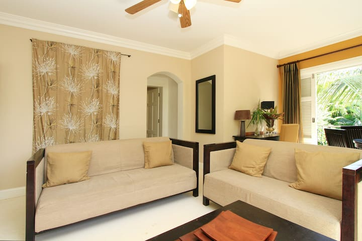 St Lucia Villa Valerie - elegantly decorated living room, with classic furnishings
