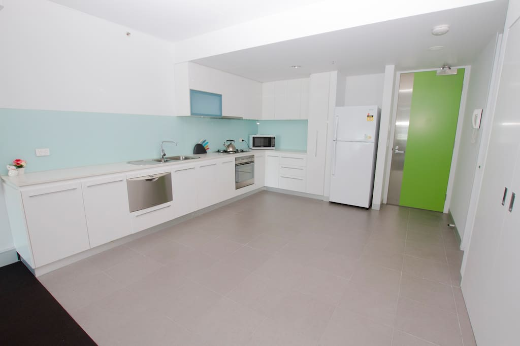 Big kitchen, fully equipped