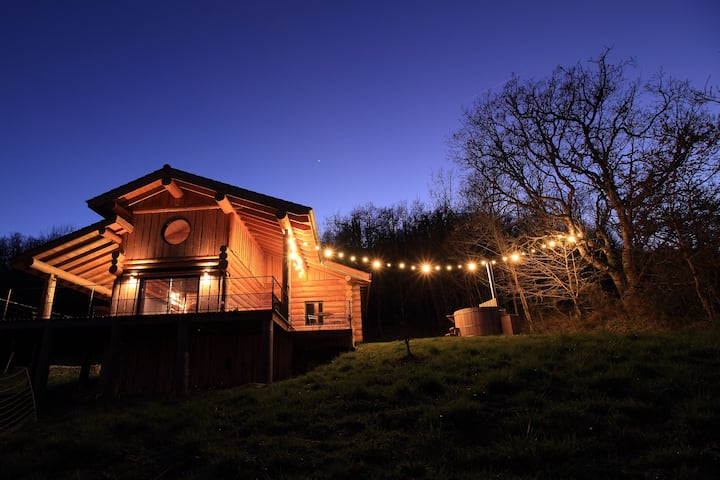 Maison écologique en bois brut dépaysement garanti