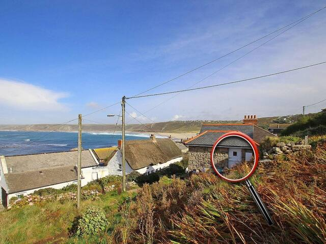 OLD ROCKET AND PUMP HOUSE, with open fire in Sennen, Ref 959734