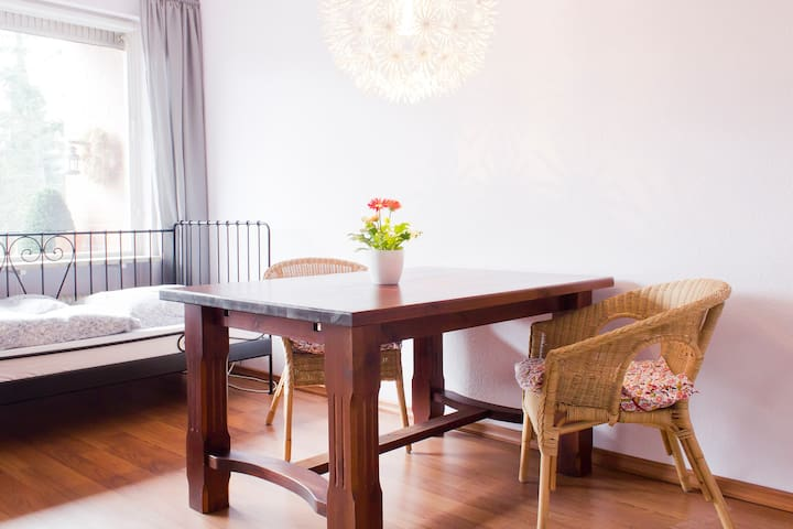 Nicely done up flat - Rellingen - Appartement