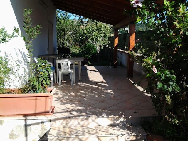 Villa just 1 Minute from the beach - San Giorgio - House
