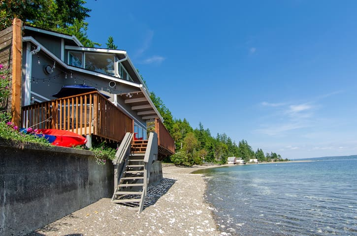Waterfront Beach House, Epic Views, +Kayaks