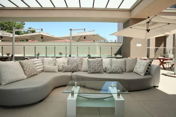 Ultra Luxurious apartment! Sandton, Johannesburg - Sandton - Wohnung