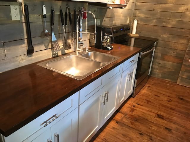 Beautiful bamboo counter and stainless appliances