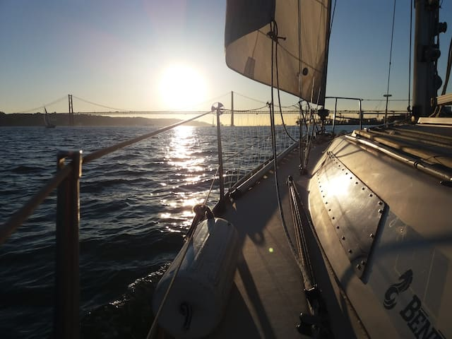 boat trip to old Lisbon with overnight