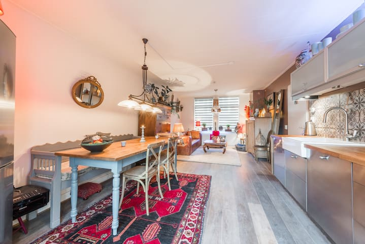 Amazing Amsterdam Bed & Breakfast - Amsterdam - Bed & Breakfast