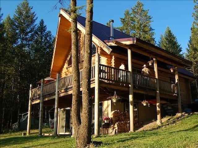 Clark Fork River Cabin - Alberton - Cabin