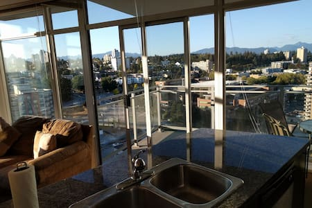Pvt  Downtown Waterfront View 2 BedRm Gym Skytrain - New Westminster
