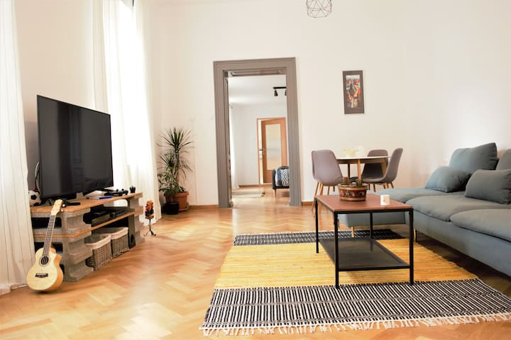 Schei Gate Apartment