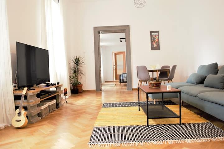 Schei Gate Apartment
