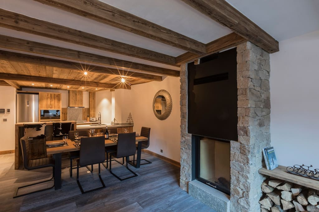 Cosy dining with wood fire