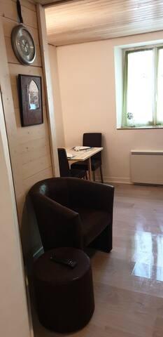 Studio cabine dans chalet