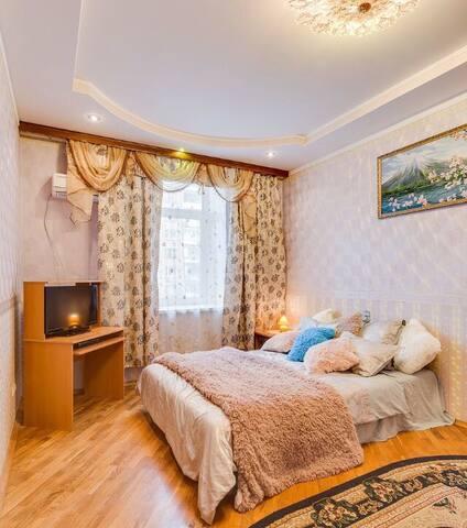 Красивая квартира недалеко от центра у метро - Moskva - Appartement