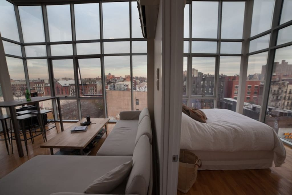Beautiful lower east side penthouse apartments for rent for New york penthouse rent