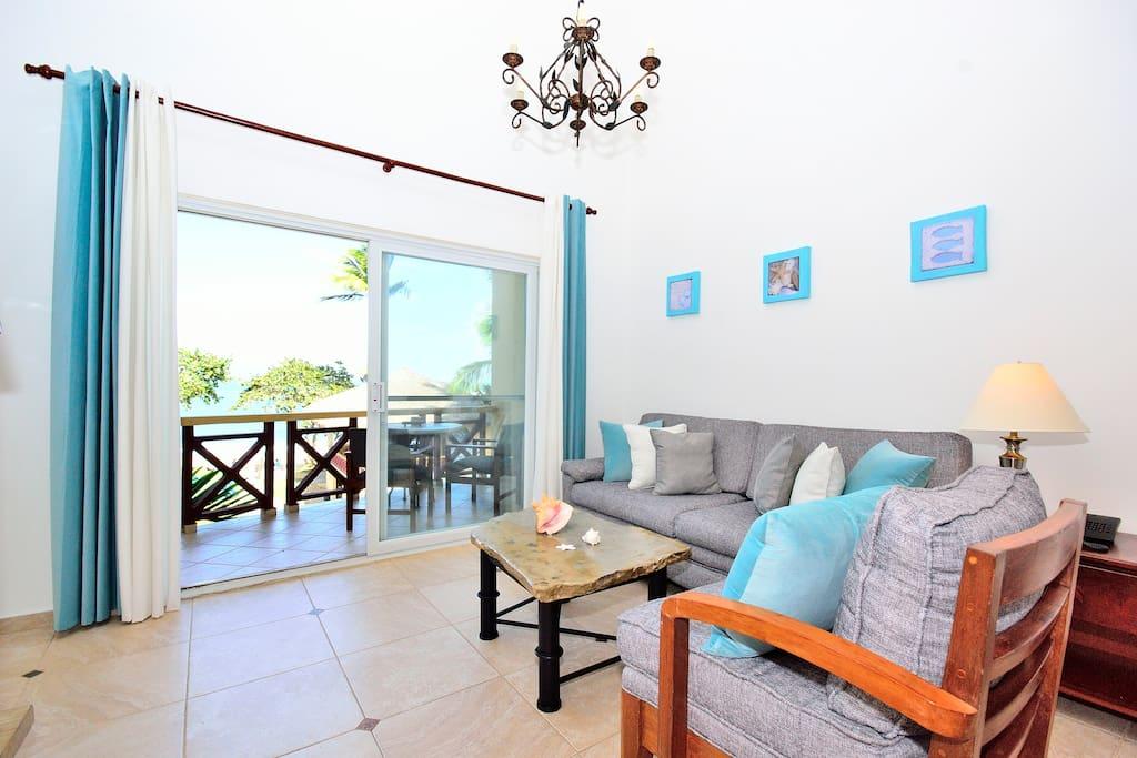Great salon with ocean and beach views #KiteBeachPenthouse and Loft