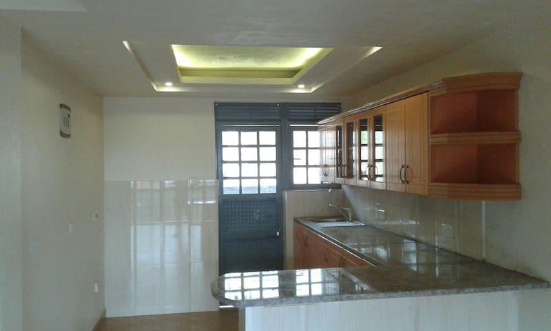 Kirinya - Bukasa Apartments - Kampala - Apartment