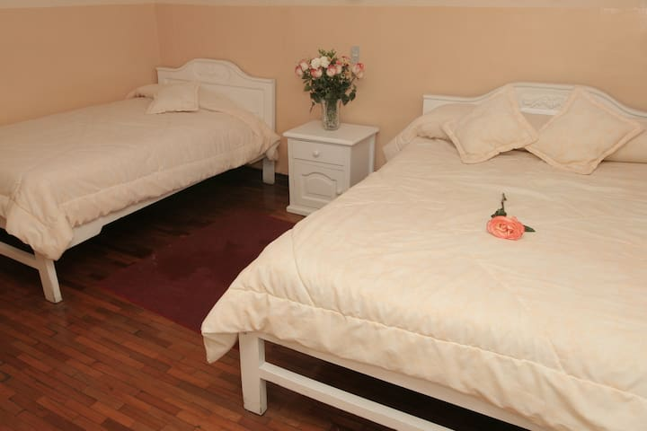 Twin Superior Room in Alausí - Riobamba - Szoba reggelivel