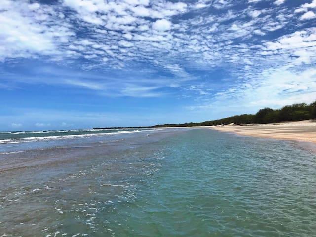 """Seu paraíso à  beira mar """"Quarto Mar"""""""