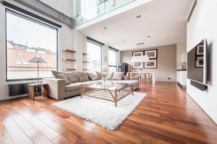 Eagle Apartment