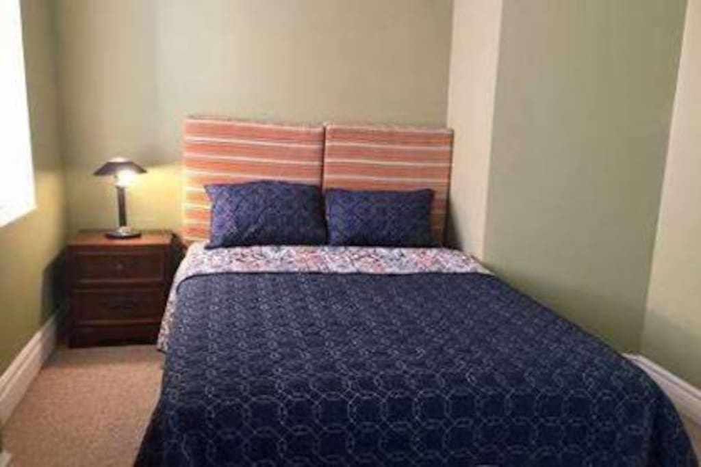 Soothing Retreat-2nd floor private bedroom