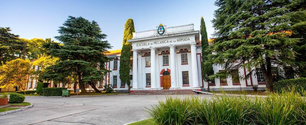 Museo de la Memoria, ex ESMA, a 100 mts. del departamento.