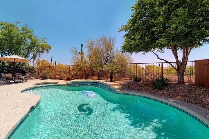 Beautiful, modern Scottsdale home w/ a private, heated pool, pool spa, & views