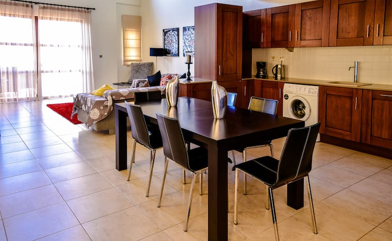 L11 - Apollo Heights Apartment, 2 Bedrooms.