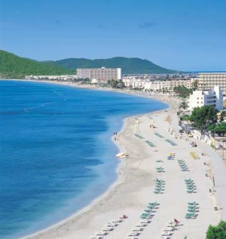 IBIZA COOL ROOM 4 POOL AC NEXT TO BEACH