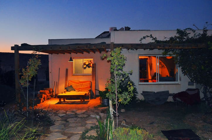 Private Desert House - Micpe Ramon