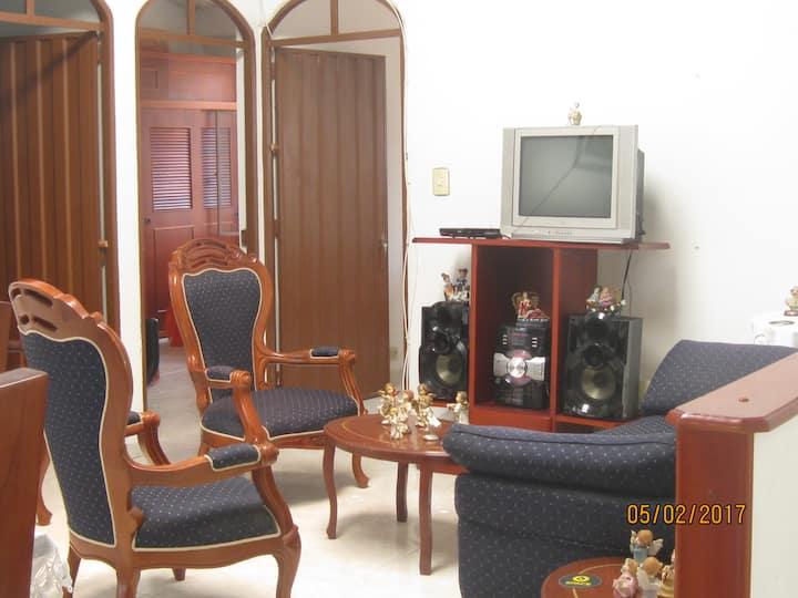 Casa campestre 2 HORAS  Bogota CAMINANTES GRUPOS