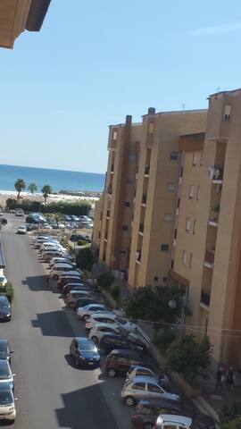 Luminoso appartamento vista mare, Terracina