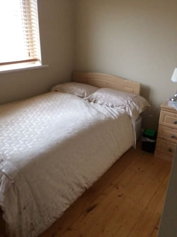 Two double rooms for Airbnb