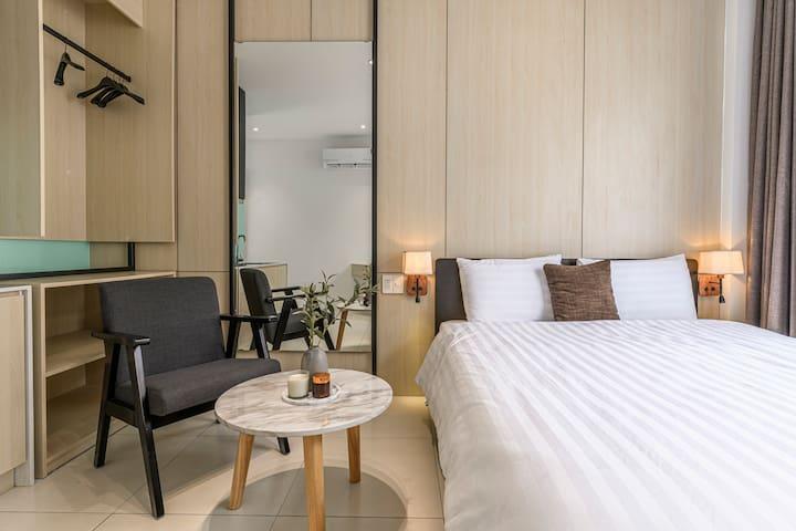 City Center Apartment - Modern Design, FreeNetflix