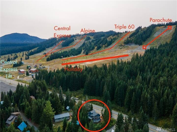 large family home close to ski lift with hot tub