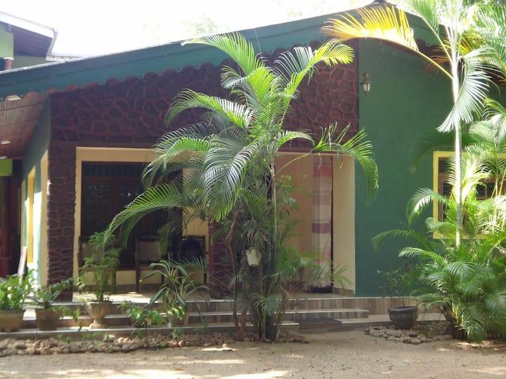 Dambulu City Lodge