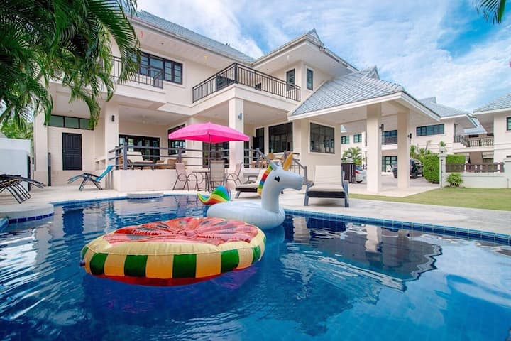 Marigold Poolvilla Huahin / Near Beach drive 7 min