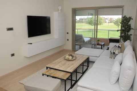 New Apartment in the City Center - Golf Resort