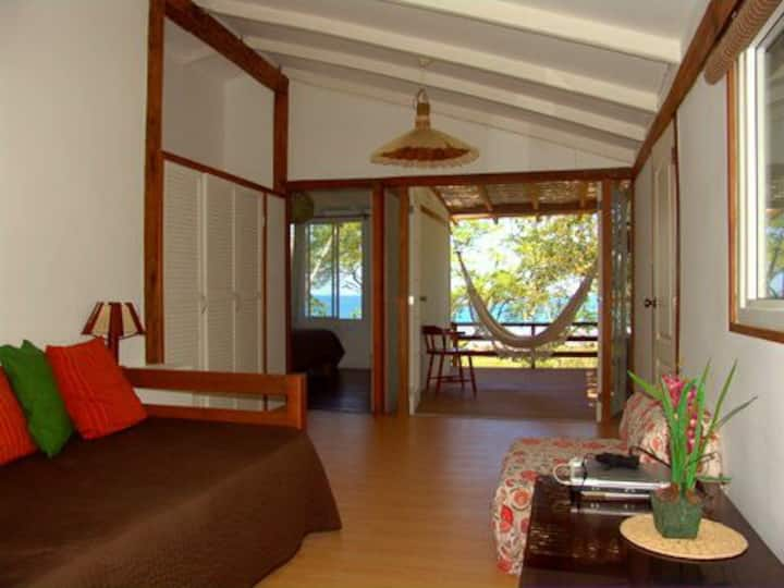 La Casa de Curia ocean View Cottage